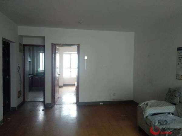 凤凰台南、一室、家具全、月租金600元