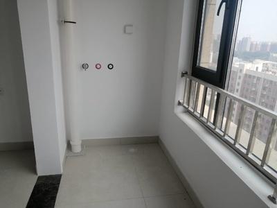 开发区实验小学 可按揭 带车位地下室 简装高层 看房方便