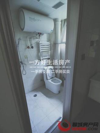 裕昌国际 精装三室 带储藏室车位 南北通透 精装修