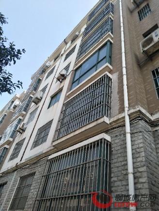 开发区高档别墅区,凤凰新城,多层2楼,三室两厅免大税可按揭仅售165万带车库