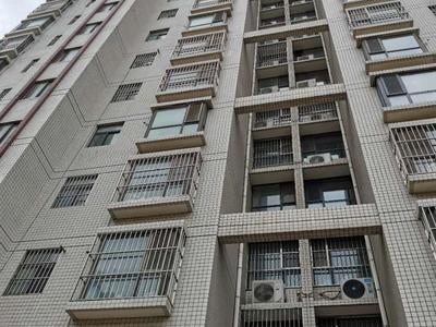 三中北顺,东昌中学学区房,三室两厅可以隔四室,免大税可按揭仅售162万