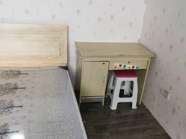 急租四海温馨公寓带地下室 拎包入住 价格面议