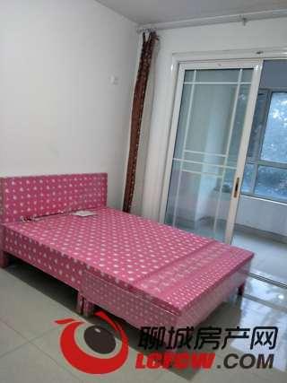 整租 开发区高档小区 东昌丽都 精装 三居室 家具全新随时