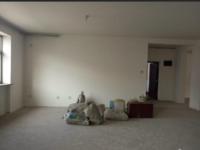 东昌府聊大花园东苑 4室2厅2卫 183平米 送双车库