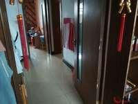 香江西邻、二楼、三室、紧邻阳光小学西校、