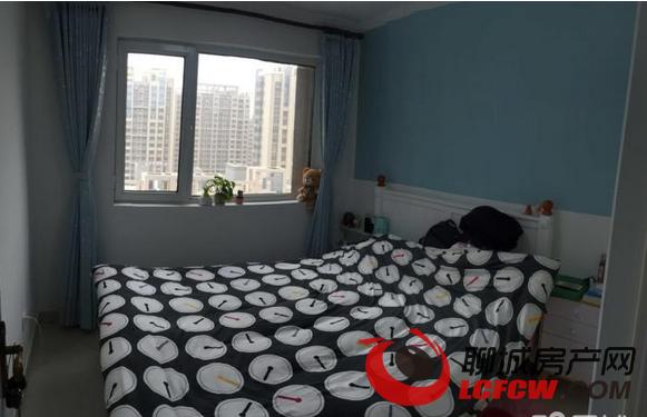 七中东临欧景丽都2居室精装有简单家具