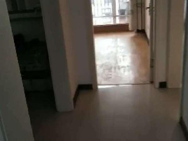 欧景丽都 多层5楼 精装修家具家电齐全 房子居住安静 卫生干净