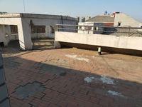 亿沣生活广场对过 星光水晶城 两室朝阳 独梯独户 带储露台