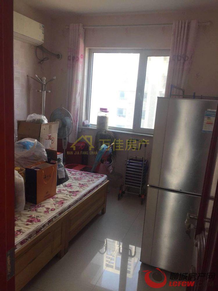 阿尔卡迪亚三期 精装修 中间楼层 小区环境好 3室户型 低于市场价