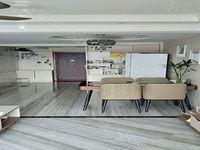 豪华装修,当代国际复式有证可按揭,带地下室,带部分家具家电抢
