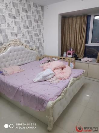 开发区文轩 外国语附近 裕昌国际 三居室 精装 可按揭