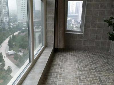 包更名 湖边文轩学区房 西安交大 电梯非顶层 毛坯未住 需全款