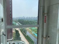 振兴东路水岸花语。精装两室72万,可按揭,交通便利,带储