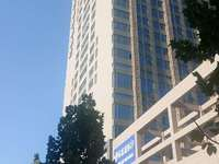 出售星光 城市广场74平米68万写字楼