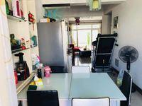 鸿顺花园学 区房,全地上车库,带12.5平方全地上储藏室。