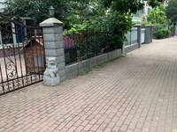 凤凰新城东区联排别墅 1 2层带前院 免税!有钥匙随时看房