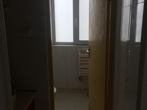 凤凰工业园中通客车厂翡翠城附近单位家属院2室1厅急租随时可看房