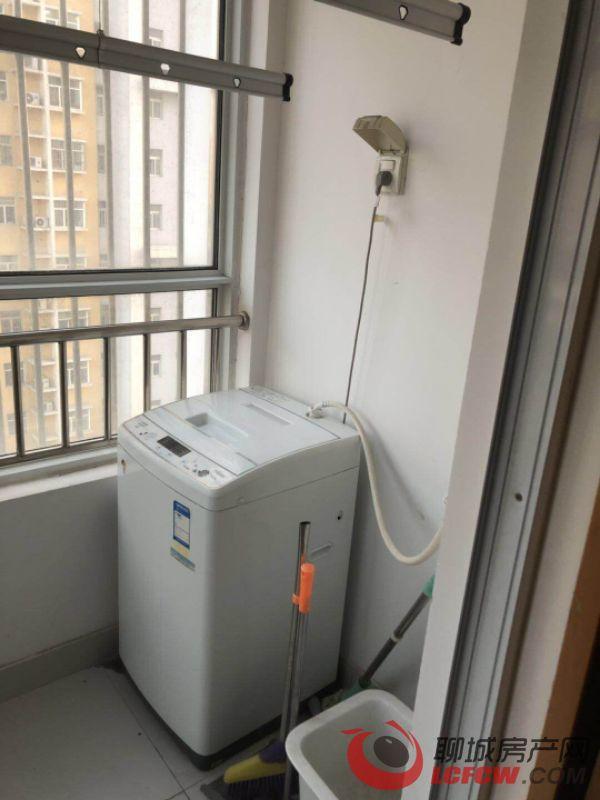 新南环县医院南邻南湖新城电梯房2室2厅急租看房方便拎包入住