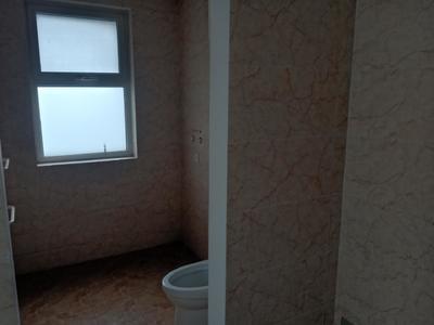 华建一街区11层电梯房唯一住房四室两卫包更名带储带车位