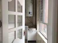 划片二中 海德公园 豪华装修 带所有家具家电 三室两厅两卫可