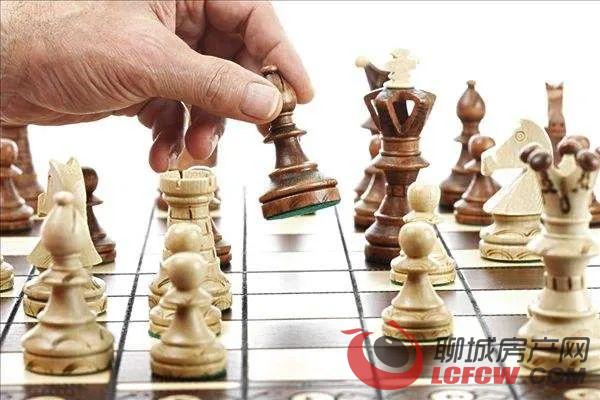 """快来挑战!2020年""""鲁商·城市广场""""杯东阿首届国际象棋大赛博弈之旅!"""