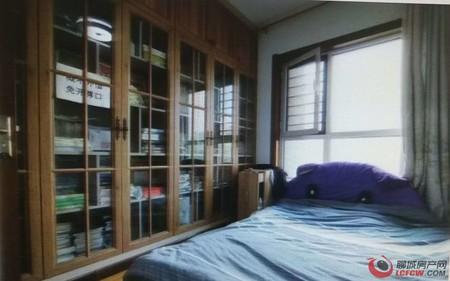 豪华装修 水岸花语 89平3室 带车位 带储