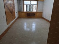 香江附近阳光小学片区站北花园一楼 南北通透 134平 简单装修