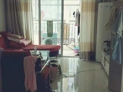 急租 湖边 火车站 西湖馨苑精装3室1200元月 拎包入住