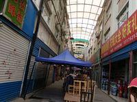 急售急售香江一期百货区金海东七街104平阳面