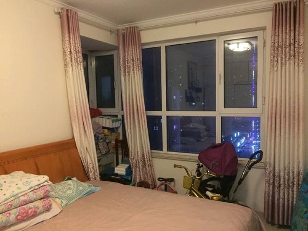 水岸花语 3室2厅1卫 家具齐全