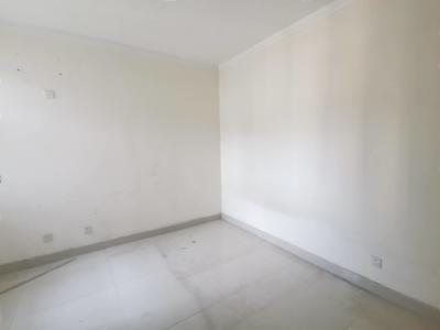 月亮湾 和馨园 精装三室 走一手 好楼层 带车位 急售