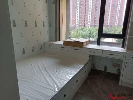 百合新城西边户豪华装修,全新未住,带车位地下室家具家电