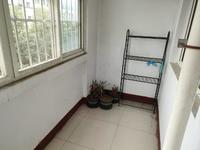 七中对过 馨苑小区 四楼东边户 精装三室 送储 看房方便