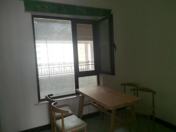 锦绣学府 诚整租三室两厅观景房 随时看房
