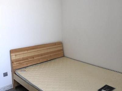 水城华府 3室2厅2卫 1500元月 电梯房 103平