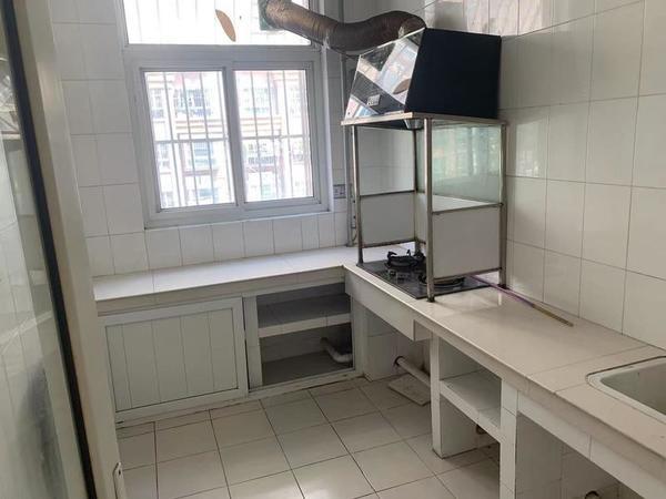 开发区李太屯小区3室2厅拎包入住