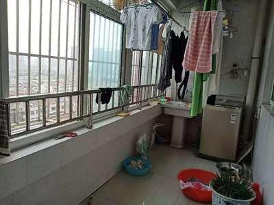 三里铺风景小区 阳光实验 精装 三室朝阳 东边户