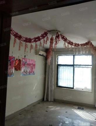 亚龙苑 月亮湾 三室两厅 免大税 妇幼保健院